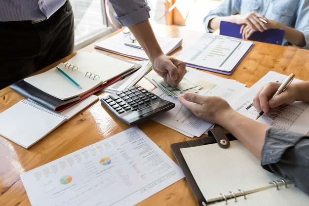 Jak skutecznie odzyskać pieniądze od niewypłacalnego partnera biznesowego?